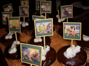 Puppy Bowl Cupcakes at the party