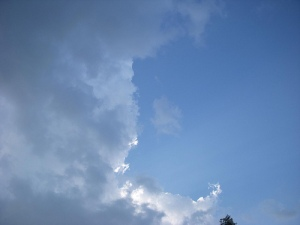 Yet more cloud drama.